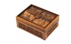 Набор покерный: 500 фишек, две колоды карт и кости в ларце из мореного дуба